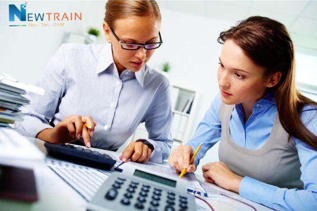 Đâu là cách để trở thành nhân viên kế toán giỏi?