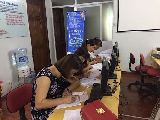 Khóa học kế toán tổng hợp ở đâu tốt nhất tại TPHCM? Trung tâm đào tạo kế toán VAFT