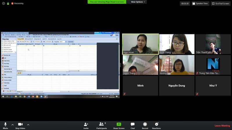Lớp học kế toán online